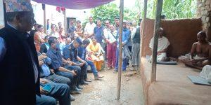 मन्त्री अर्यालद्वारा कालिगण्डकी गाउँपालिकामा राहत बितरण