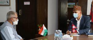 अर्थमन्त्री पौडेल र भारतीय राजदूत विनय मोहन क्वात्राबीच भेट, द्विपक्षीय आर्थिक सहयोग, व्यापार र लगानी लगायतका विषयमा छलफल